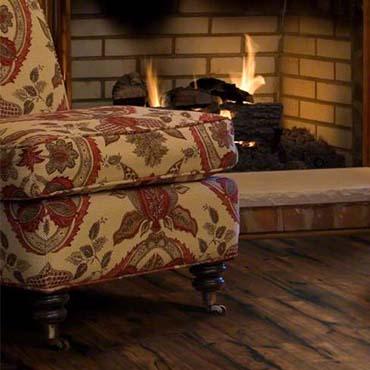Family Room/Dens   Shaw Laminate Flooring