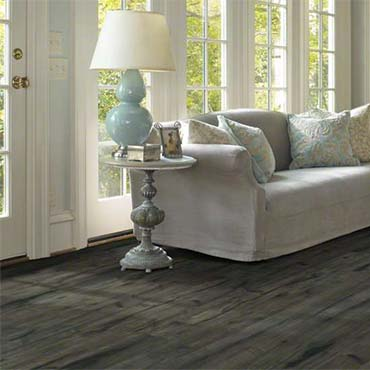 Shaw Laminate Flooring | Family Room/Dens - 3697