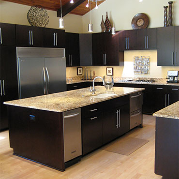 Romar Cabinet & Top Company  | Kitchens - 5716