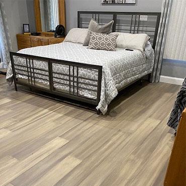 Cali Hardwood Flooring | Bedrooms - 6499