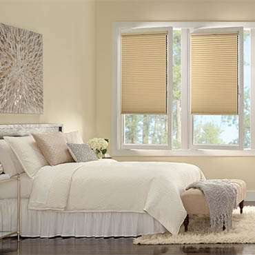 Hunter Douglas® | Bedrooms - 5619