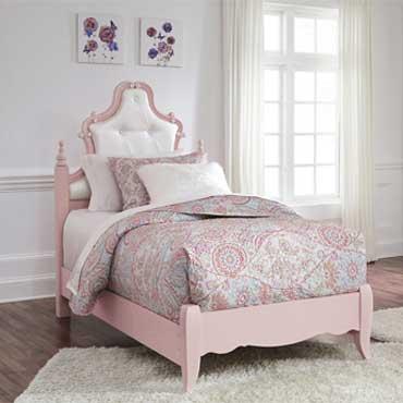 Ashley Furniture   Bedrooms - 5262