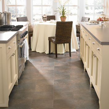 Charmant Kitchens Designs Courtesy Of Mannington Vinyl Flooring   All Rights  Reserved.