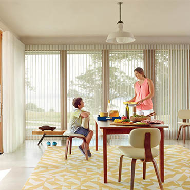 Hunter Douglas� | Dining Room Areas