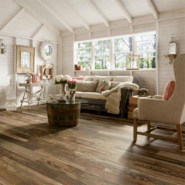Family Room/Dens | Bruce Laminate Flooring