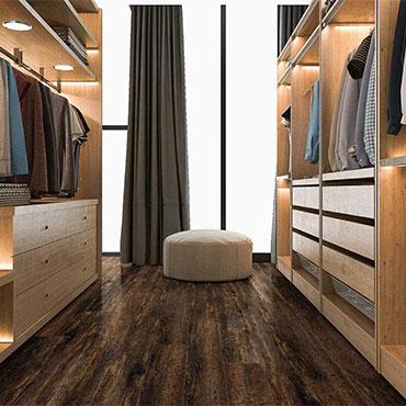 Dressing Room/Closets   Viking Hardwood Flooring