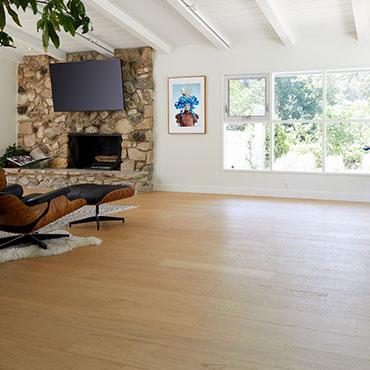 Reward Hardwood Flooring   Family Room/Dens - 6770