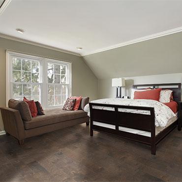 Reward Hardwood Flooring   Bedrooms - 6776