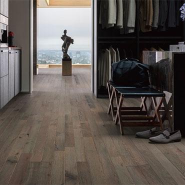 Bella Cera Hardwood Floors   Dressing Room/Closets - 6427