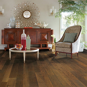 Bella Cera Hardwood Floors   Living Rooms