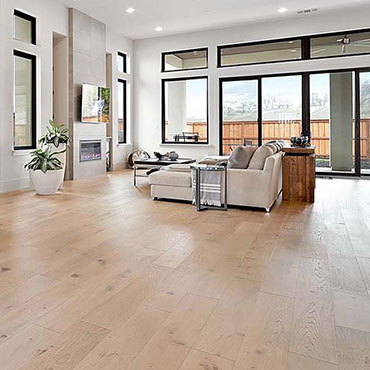 Monarch Plank Hardwood Flooring   Living Rooms - 6651