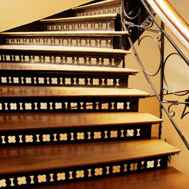 Stairs/Stairwells